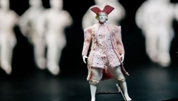 """""""Куклы за стеклом"""": в Театре Кукол откроется выставка, которую можно наблюдать снаружи"""