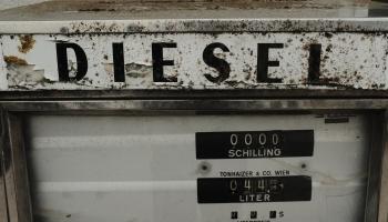 Kā pareizi tonēt logus un braukt ar dīzeļdegvielu?