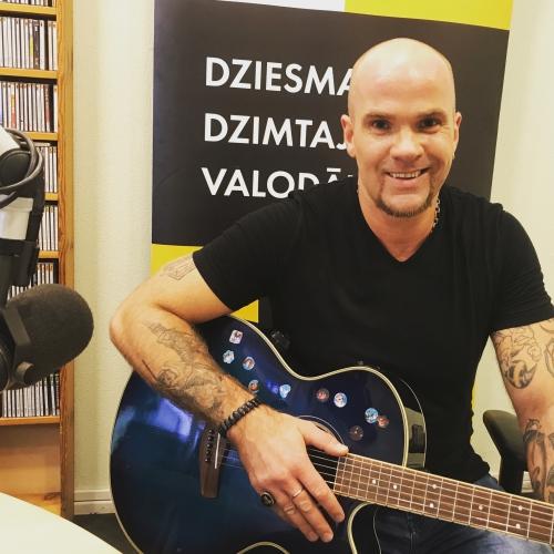 Andris Kivičs ieskaņo albumu ar Veidenbauma dzeju
