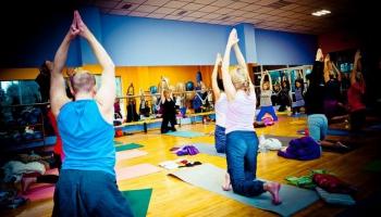 Восточная гимнастика для западного человека: как йога и цигун дополняют друг друга