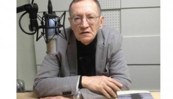 """Jānis Rokpelnis lasa dzeju no krājuma """"Post factum"""""""