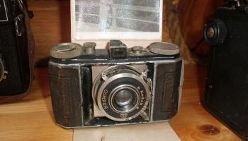 Senā tehnika: Kāzu fotografēšana pirms 40 gadiem un 30.gadu opelis padomju laikā