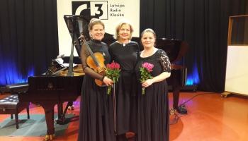 Andras Dārziņas un Laumas Skrides koncerts Latvijas Radio 1.studijā