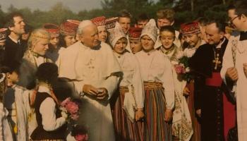 13. maijs. Atentāts pret pāvestu Jāni Pāvilu II