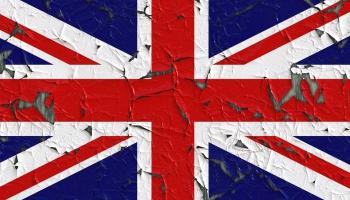 """""""Поживём - увидим"""": живущие в Лидсе экс-рижане о Брексите"""