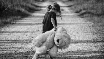Как говорить с детьми, которые потеряли близких