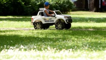Kādus auto sēdeklīšus izvēlēties bērniem?