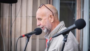Dzejas lasījumi no Latvijas Radio balkona. Jānis Hvoinskis