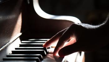 Ludviga van Bēthovena jubilejas gadā - divi klavierkoncerti un āmuriņklavieres