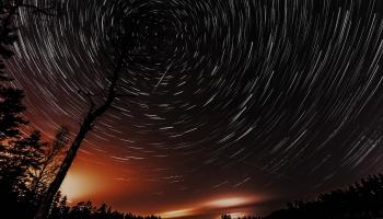 """Latvijai """"iedalīto"""" planētu rosina nosaukt par Staburagu, tās zvaigzni - par Liesmu"""