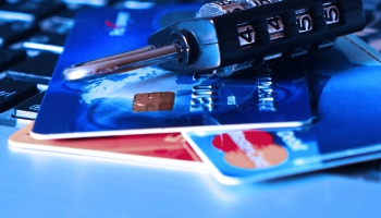"""Bezkontakta maksājumus """"Android"""" viedtelefoniem nodrošinās """"Google Pay"""""""