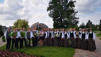 """Gaidot Vasaras saulgriežus, iepazināmies ar Jelgavas jaukto kori """"Balti"""""""