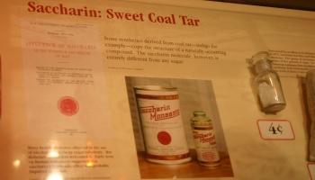 27. februāris. Paziņo par mākslīgā saldinātāja saharīna atklāšanu