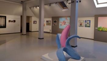 """Rēzeknē aplūkojama Latgales mākslinieku darbu izstāde """"Rudens 2020"""""""